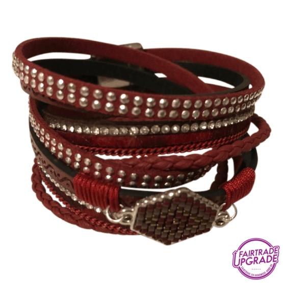 Wikkelarmband rood met steen FairtradeUpgrade