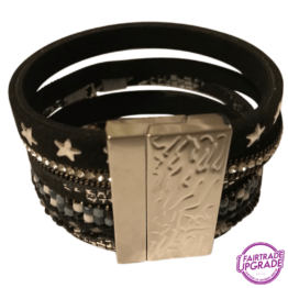 Brede armband zwart met kunstparel