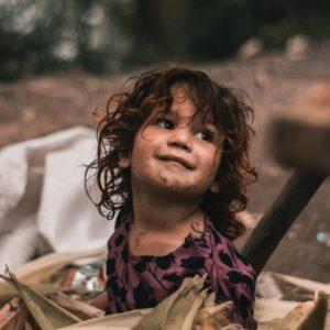 Blog kinderarbeid girl roma, FairtradeUpgrade