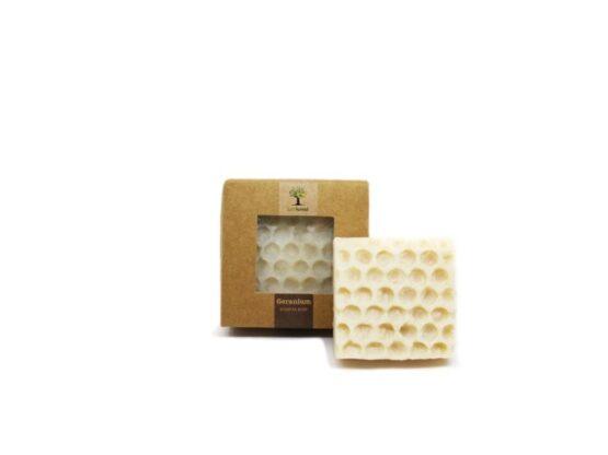 Bijenwas zeep Geranium bij FairtradeUpgrade